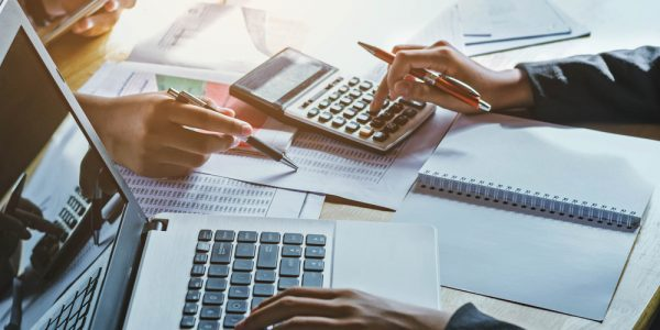 When Do You Need to Consult with an Accountant? | Business Funding Now